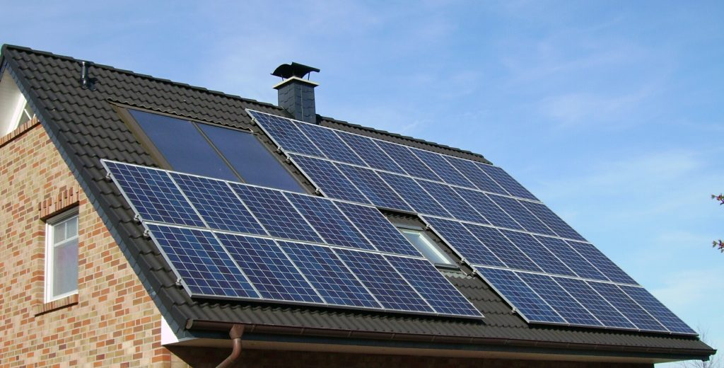 The Fight to Put a Value on Rooftop Solar Power